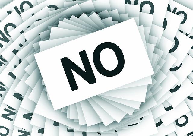 МФО отказывают в займе, что делать?